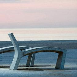 Sillarga Recliner | Exterior benches | Landscape Forms
