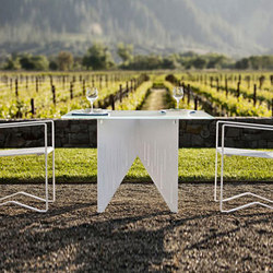Windmark | Tables à manger de jardin | Landscape Forms