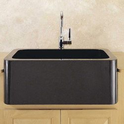 Polished Farmhouse Sink | Lavelli | Stone Forest