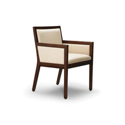 Edge Side Chair, Closed Arm | Sedie visitatori | Trinity Furniture