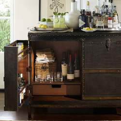Ludlow Trunk Bar Cabinet | Meubles bar | Distributed by Williams-Sonoma, Inc. TO THE TRADE
