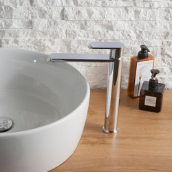 Phase - Single lever basin mixer high - 16,5cm spout