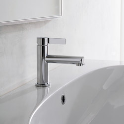 Terra - Single lever basin mixer - 12cm spout | Wash basin taps | Graff