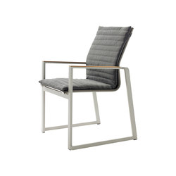 Foxx Stacking Chair | Sillas de jardín | solpuri