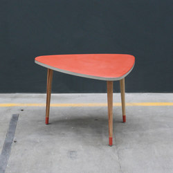 Kidney Table | Tables d'appoint | Concrete Home Design