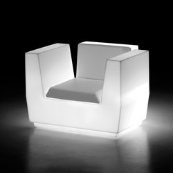 Big Cut | Armchair Light | Gartensessel | PLUST