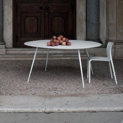 Spillo SP22 | Restaurant tables | Extendo