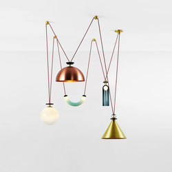 Shape Up 5 piece chandelier brushed brass / brushed copper | Iluminación general | Roll & Hill