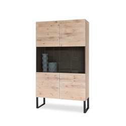 KUUB Vitrine | Display cabinets | Form exclusiv