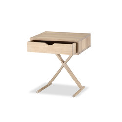 KUUB Beistelltisch | Side tables | Form exclusiv