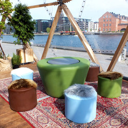 #172 Loop Picnic | Exterior stools | out-sider