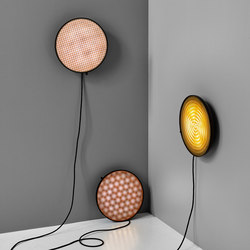 Moiré Wall Light | Objetos luminosos | NEW WORKS