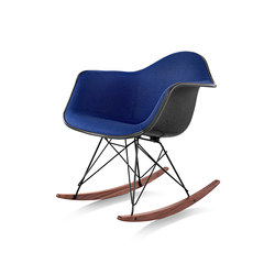 Eames Molded Fiberglass Armchair | Lounge chairs | Herman Miller