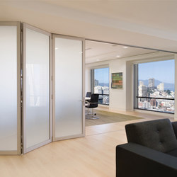 Folding Doors - Aluminum | Dutch Consulate | Pareti divisorie | LaCantina Doors