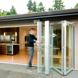 Folding Doors - Aluminum Thermally Controlled | Build LLC Innis Arden | Portefinestre | LaCantina Doors