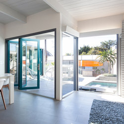 Folding Doors - Aluminum Wood | Monhoff Rennovation | Porte patio | LaCantina Doors