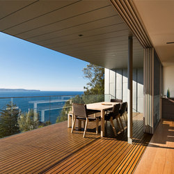 Multi-Slide Doors - Aluminum Thermally Controlled | Whale Beach | Glastüren | LaCantina Doors