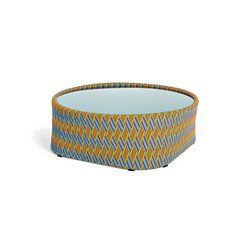 Kente side table | Tables basses de jardin | Varaschin