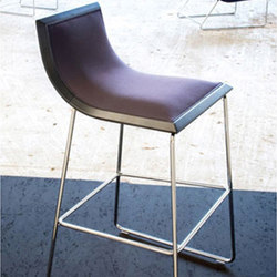 Mina Barstool | Taburetes de bar | Cliff Young