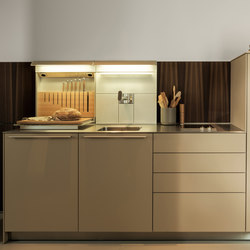 b3 Lacquer | Fitted kitchens | bulthaup