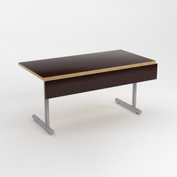 Brandon Training Table | Tables collectivités | ERG International