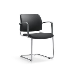 YANOS Cantilever chair | Chairs | Girsberger