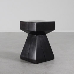 Arquitectura Table | Side tables | Pfeifer Studio