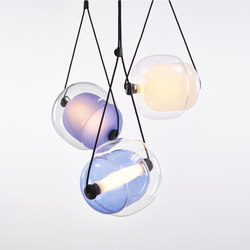 Capsula Triangle PC943 | Suspended lights | Brokis