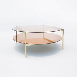 Duotone Circular Coffee Table | Brass / Rose | Tables basses | Yield