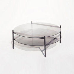 Duotone Circular Coffee Table | Black / Smoked | Mesas de centro | Yield