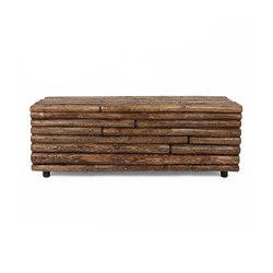 Las Latillas Wooden Bench | Bancos de espera | Pfeifer Studio