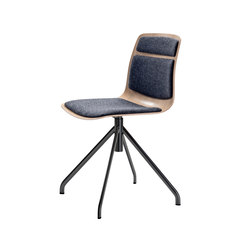 Pi Chair A.12 | Chairs | Piiroinen