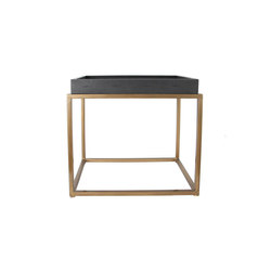 Brentwood Leather and Brass Side Table | Tables d'appoint | Pfeifer Studio