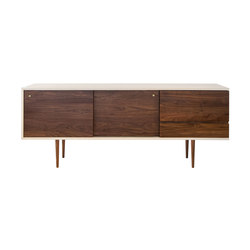 Classic Credenza with Tapered Legs | Sideboards / Kommoden | Smilow Design