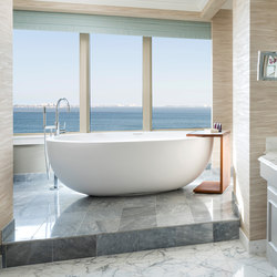 Oceanus Bathtub | Vasche ad isola | Tyrrell and Laing International