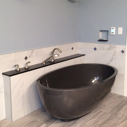 Petit Bathtub | Freistehend | Tyrrell and Laing International