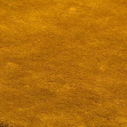Studio NYC Classic Edition saffron | Formatteppiche / Designerteppiche | kymo