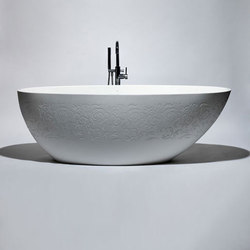 halo | blu•stone™ freestanding oval bathtub | Vasche ad isola | Blu Bathworks
