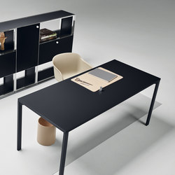 Mesh Office Desk | Individual desks | Piure