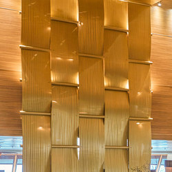 Weave Wall in Classic Antique Gold with Bamboo Grain | Plaques de métal | Moz Designs