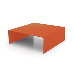 Bridge Square | Lounge tables | Sovet