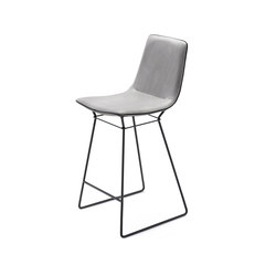 Amelie | Kitchen Stool High | Counter stools | Freifrau Sitzmöbelmanufaktur