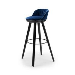 Romy | Barstool mit Holzgestell | Barhocker | Freifrau Sitzmöbelmanufaktur