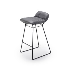 Leya | Counter Stool Low | Sillas de trabajo altas | FREIFRAU MANUFAKTUR