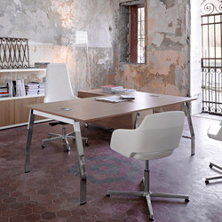 Ten Up Executive | Individual desks | Sinetica Industries