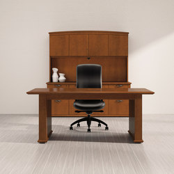 Captivate Desk | Bureaux de direction | National Office Furniture