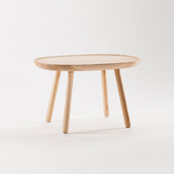 Naïve Side Table, natural ash | Mesas de centro | EMKO