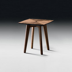 Tommi Side Table | Tables d'appoint | black tie