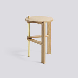 A Side Table | Mesas auxiliares | Hay