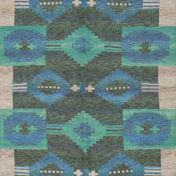 Vintage Swedish Double-Sided Kilim | Formatteppiche / Designerteppiche | Nazmiyal Rugs